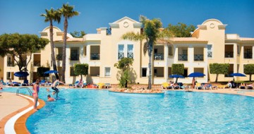 Single parent holidays overseas | Algarve Holidays