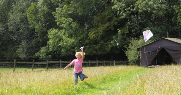 glamping with kids | single with kids | glamping england