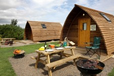 Small families wigwam holiday | lone parent holiday UK | glamping in the uk